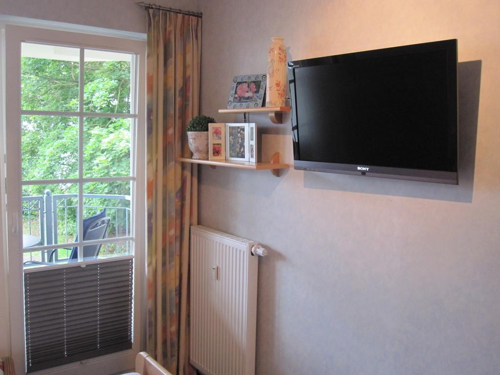 urlaub im ostseebad r gen wohnung. Black Bedroom Furniture Sets. Home Design Ideas